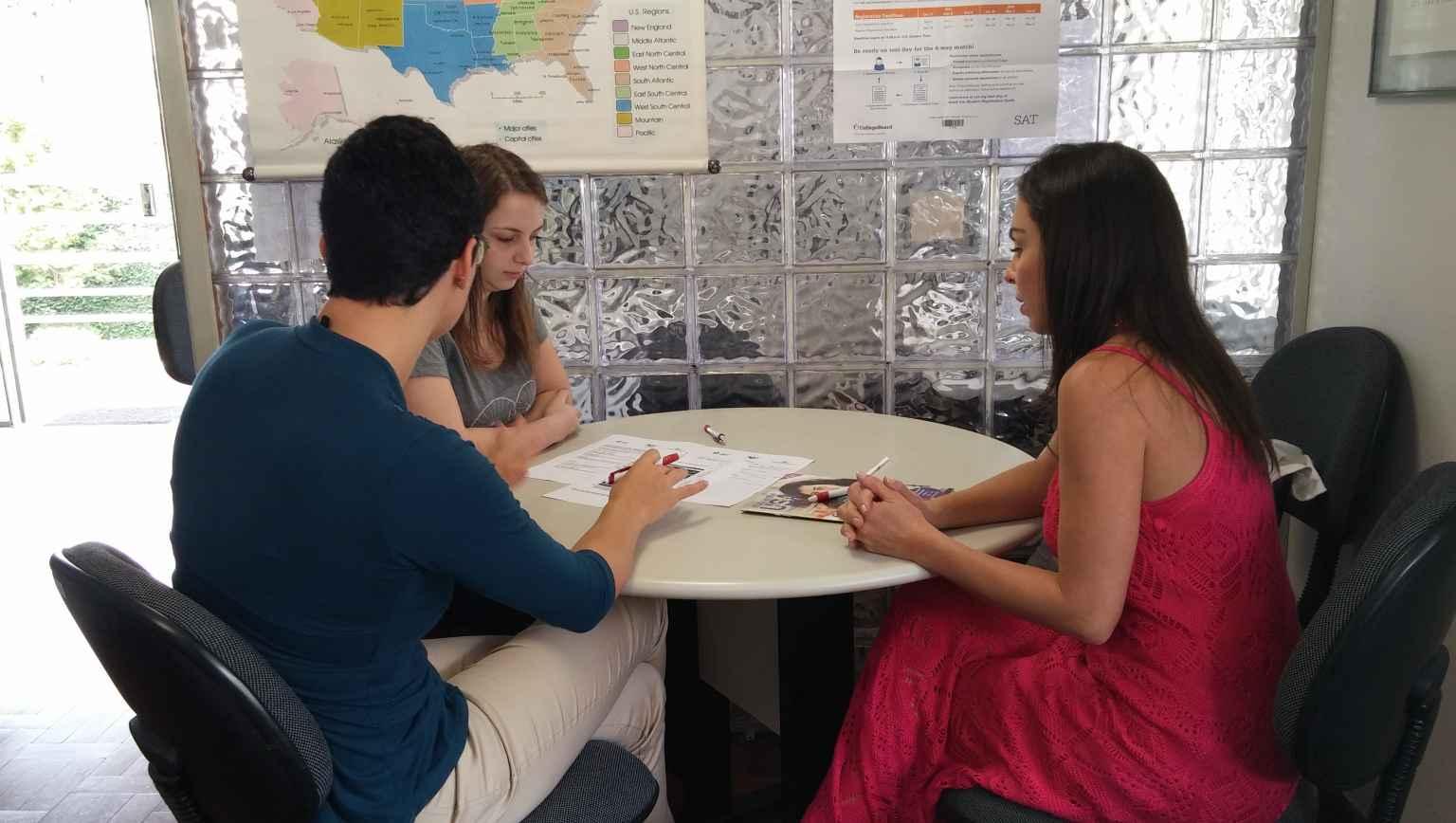 Avising international students in the USA