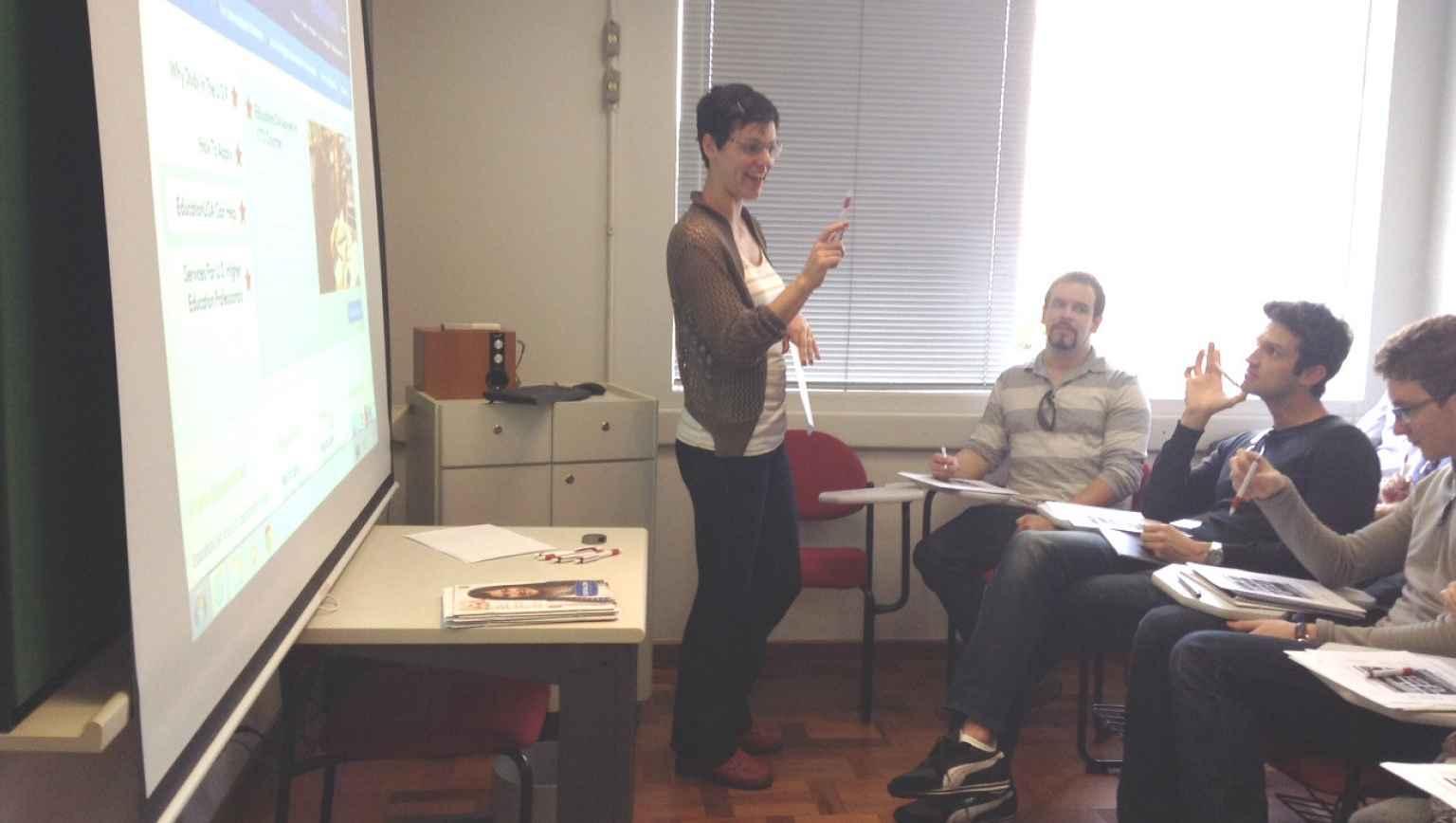 5 Palestra advisor BNC Curitiba for international students 2014