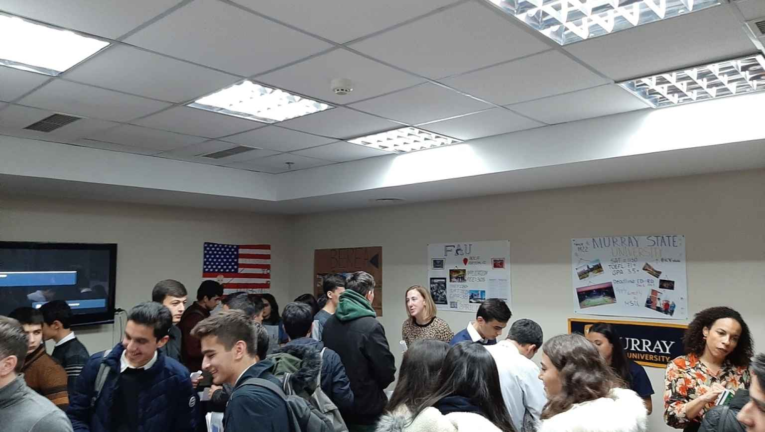 Last day of International Education Week in Tajikistan, November 22-nd was highlighted by the First EducationUSA Alumni Fair in Tajikistan. This event was supported by American Councils Tajikistan and U.S. Embassy in Dushanbe. American expats (U.S. Embass