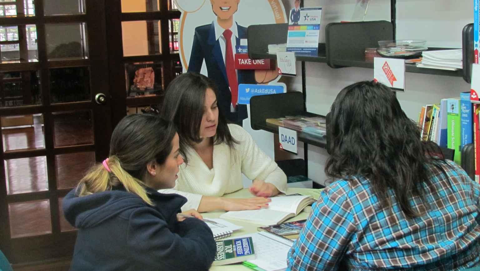 EducationUSA Colfuturo Advising Center for international students
