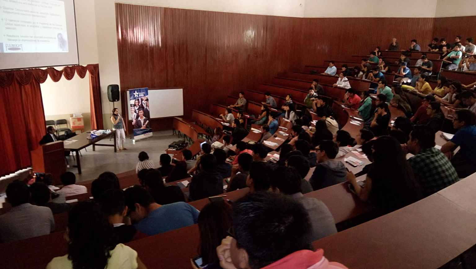 EducationUSA presenting at the National University of Trujillo and other institutions in collaboration with Fulbright Commission.