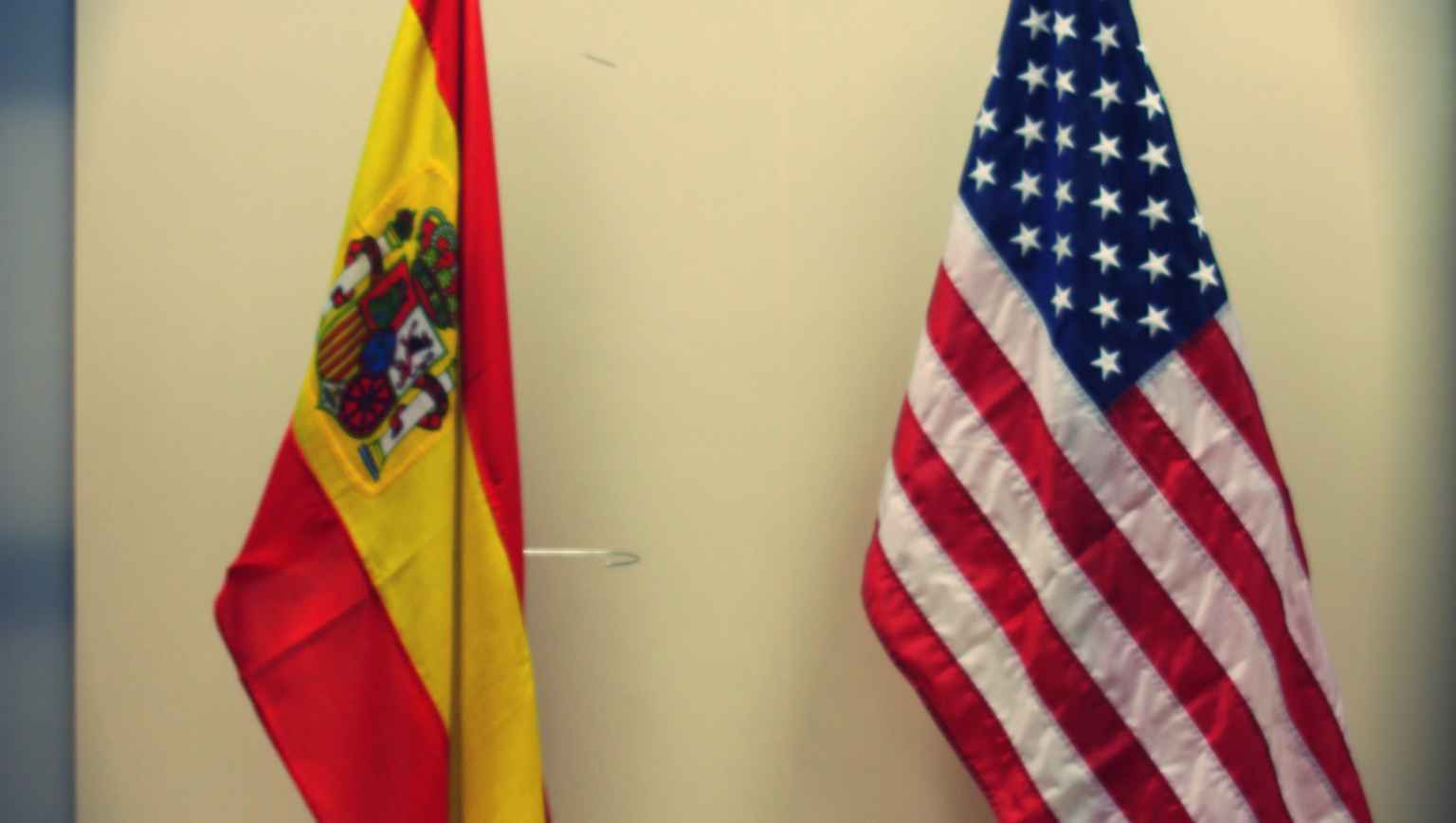 EducationUSA - Fulbright Madrid - flags