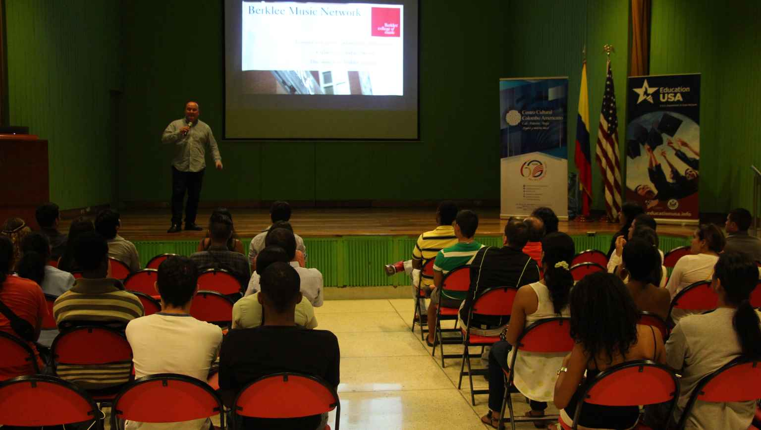 Presentations at EducationUSA Cali for international students interested in studying in the US