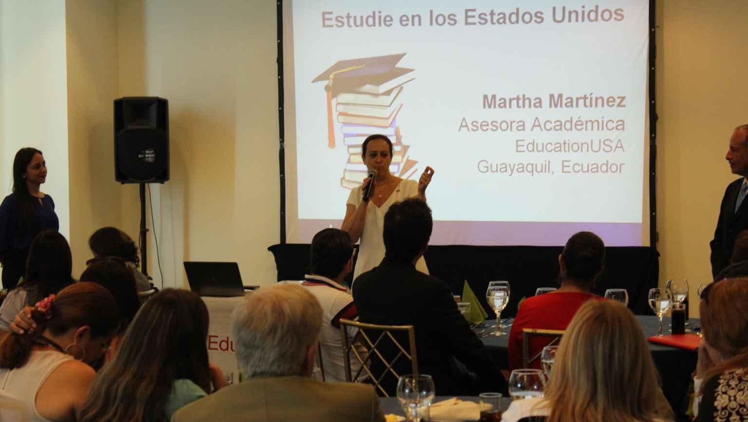Studies in the US workshop Estudios en los Esatados Unidos