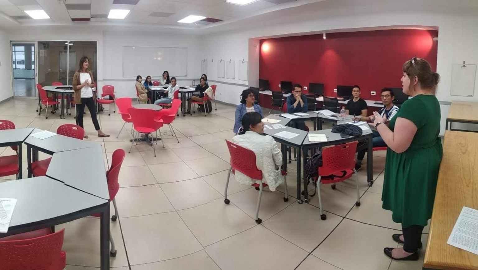 Conversation Club at Education USA Puebla